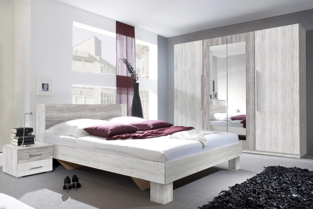 mała sypialnia i jasne meble